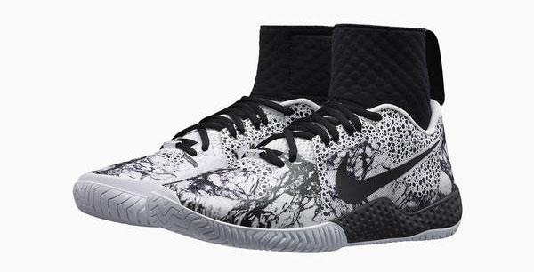 Flare Nike Sneaker
