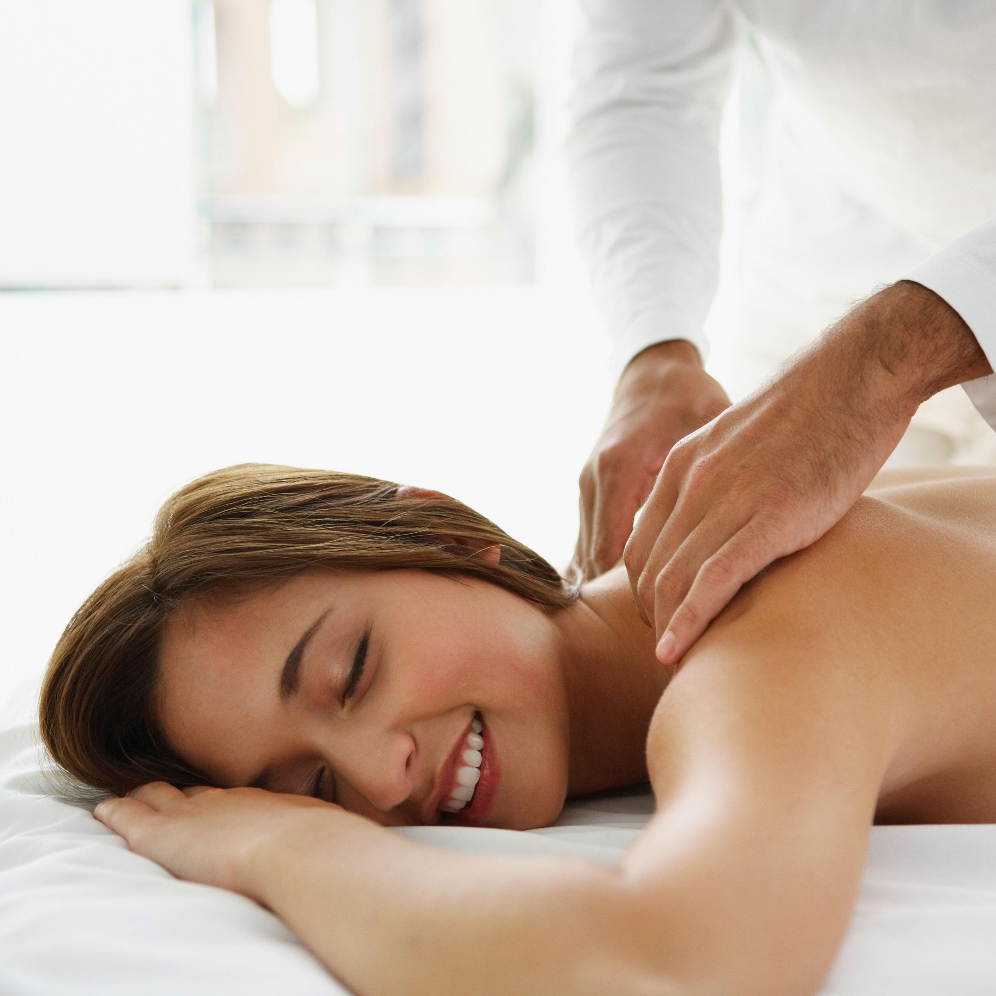 Хитрый масажист парнуха онлаен русская девочка 15 фотография