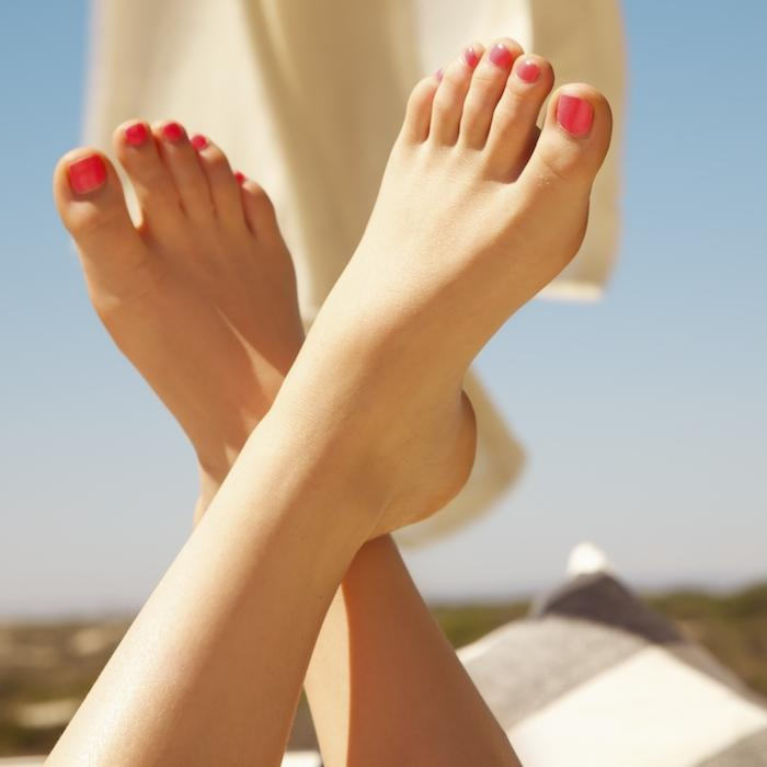 7 Tips for Healthy Summer Feet