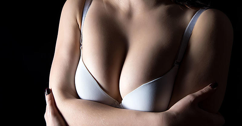 Breast Pain: 6 Common Causes SELF