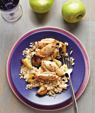 Healthy Roasted Apple and Chicken Thigh Recipe | Shape Magazine