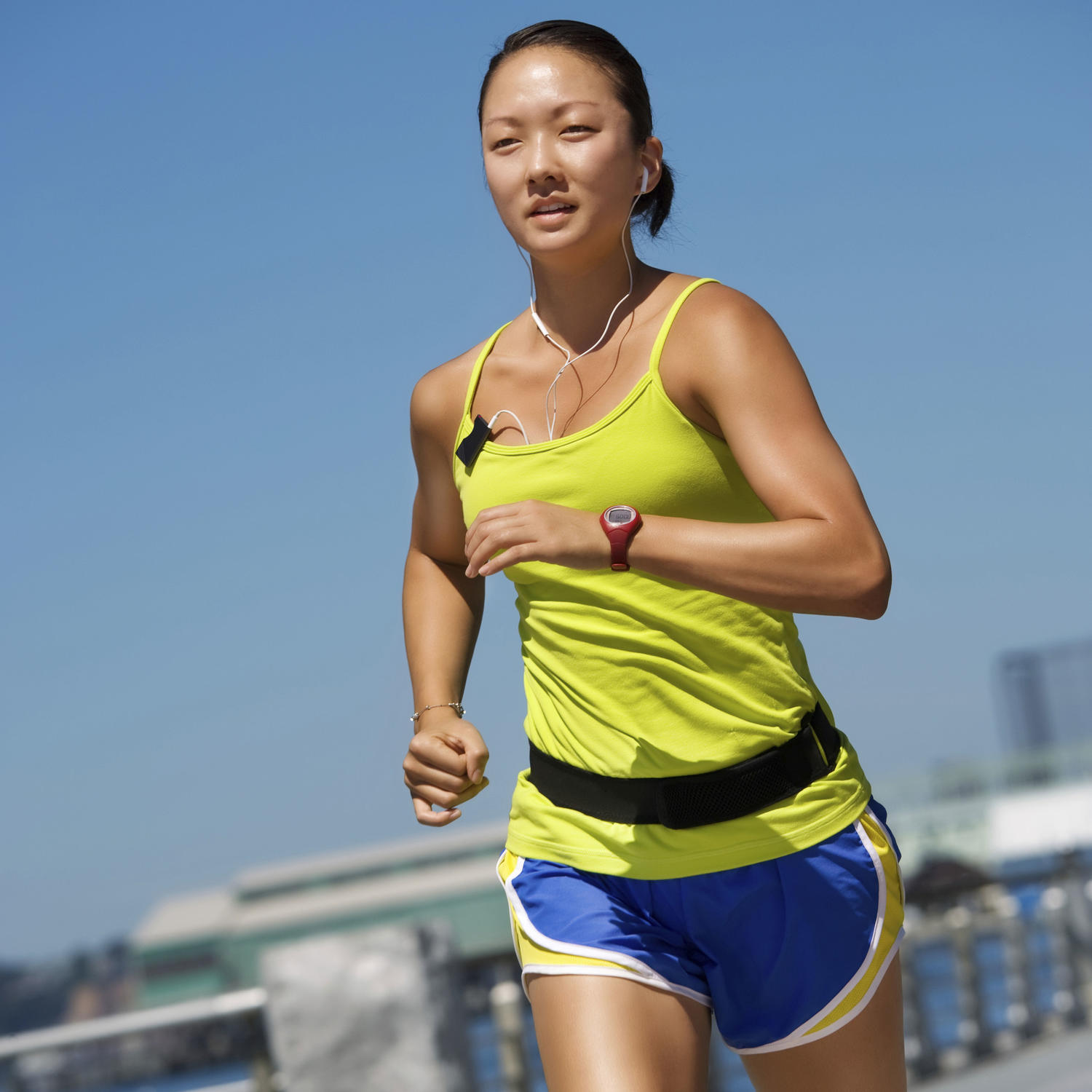 Running Tips: Essential Workout Gear for Marathon Training ...