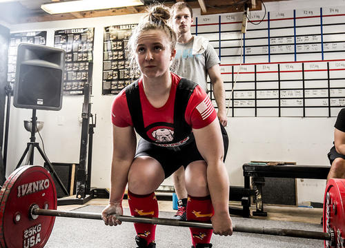 This Woman Swapped Cheerleading for Powerlifting and Found Her Strongest Self Ever