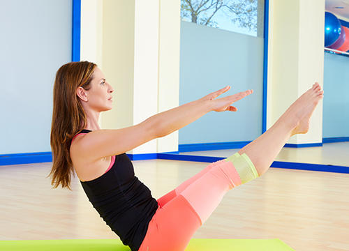 Follow Along with This Pilates Workout for Your Abs