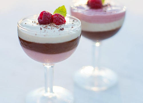 Healthy Valentine's Day Dessert Recipes Made for Two