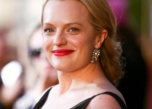 Why Elisabeth Moss Actually Likes the Dark Circles Under Her Eyes