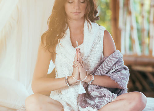 How to Meditate with Mala Beads for a More Mindful Practice