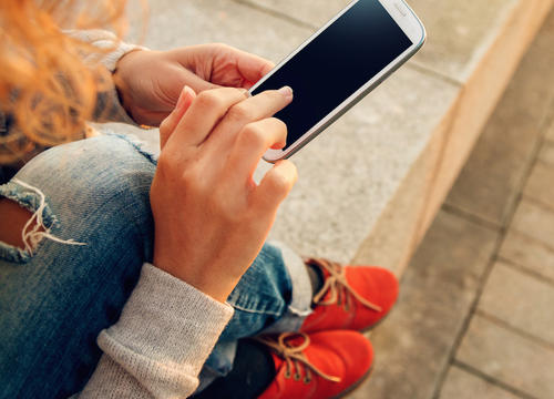 Cell Phone Use Linked to Brain, Heart Cancers In Large New Study
