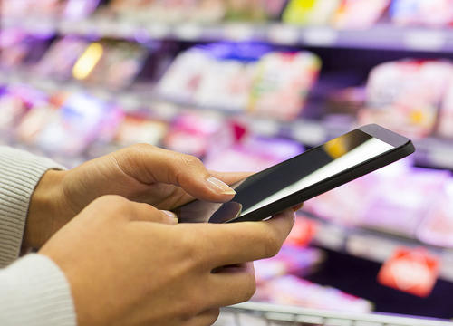 Why One Company Is Petitioning the USDA to Let People Use Food Stamps Online
