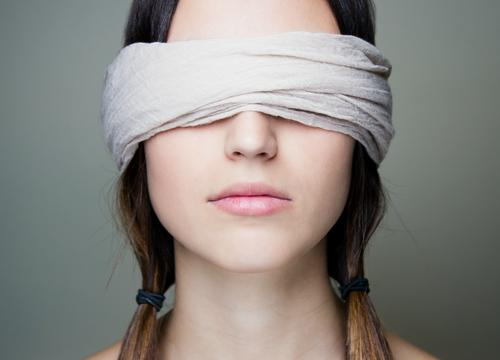 What It's Like to Be Blindfolded During Yoga