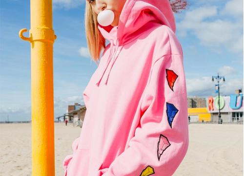 This New Athleisure Collection Will Give You Major '90s Nostalgia