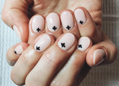 Simple Nail Art Ideas That Will Make You Feel Zen