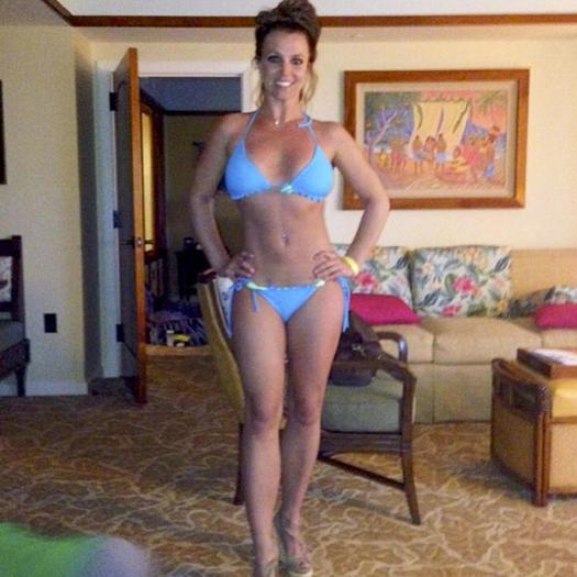 bdsm seite string bikini schwimmbad