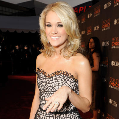 10 celebrity engagement ring trends photos shape magazine for Who is carrie underwood married too