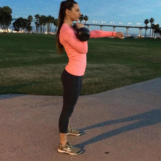 20 Minute Full Body Kettlebell Shred: Kettlebell Workout: 7 Full Body Exercises To Burn Fat In