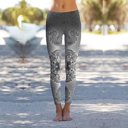 Workout Clothes For Women: 50 Shades Of Grey Sportswear