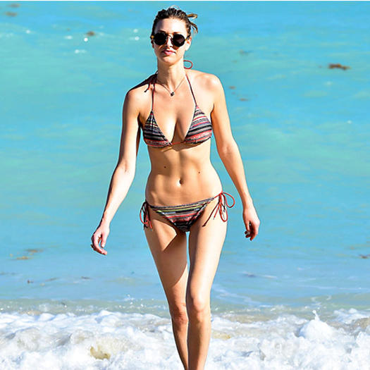 celebrity photos 25 hot celebrities with the best abs in hollywood