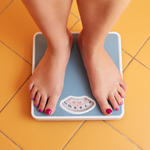 How to lose weight fast? Try these easy weight loss tips.