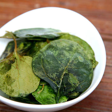 Spinach Chips Are the New Kale ChipsBest Healthy Snacks Shape