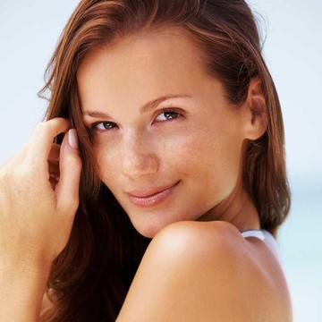 Natural skin tanner