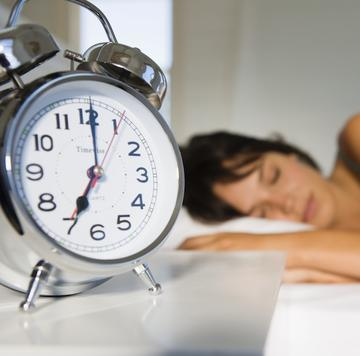 Kết quả hình ảnh cho DAYLIGHT SAVINGS TIME AND YOUR BRAIN