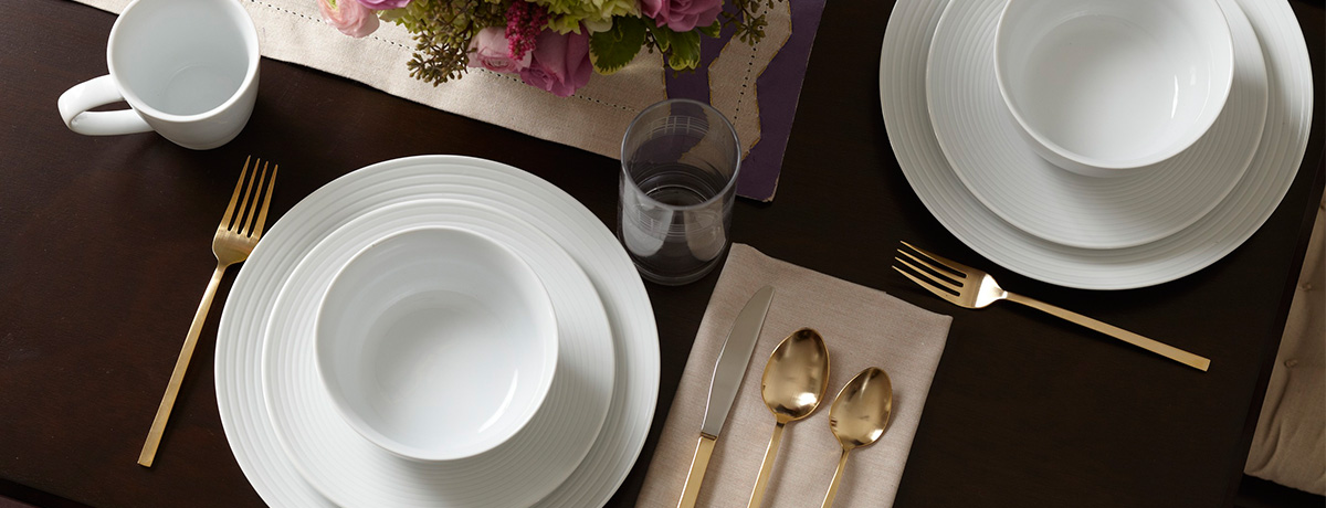 Shop more dinnerware sets!