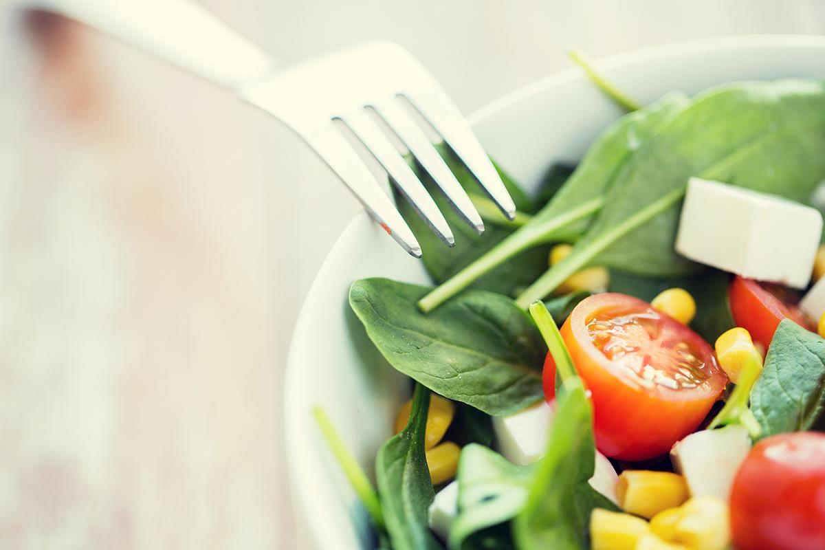 1200-spinach-tomato-salad.jpg