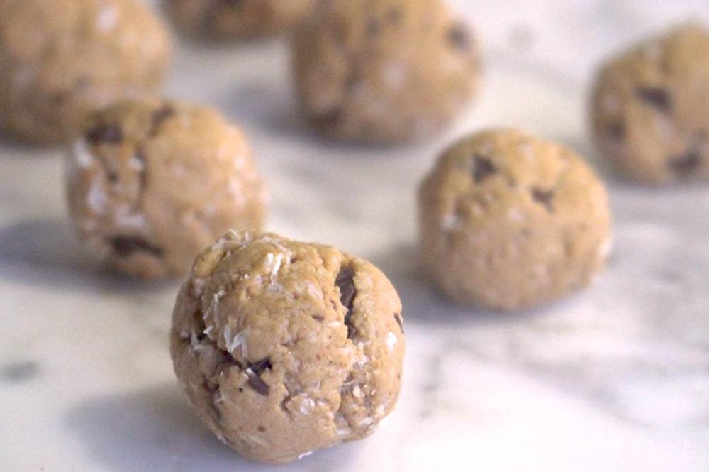 fb-foodie-fiasco-cookie-dough.jpg