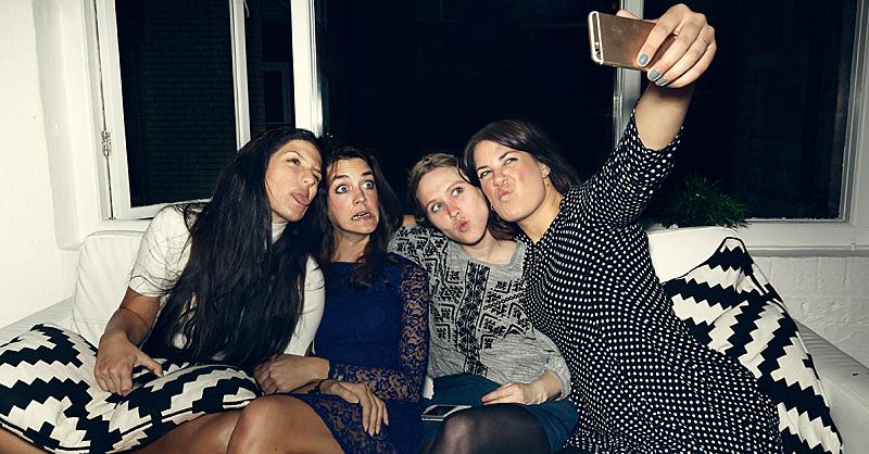 fb-girl-friends-selfie.jpg