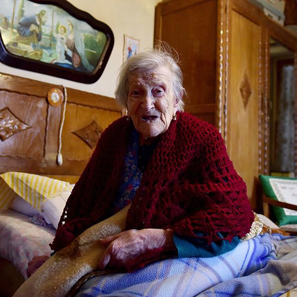 oldest-woman-single-2.jpg