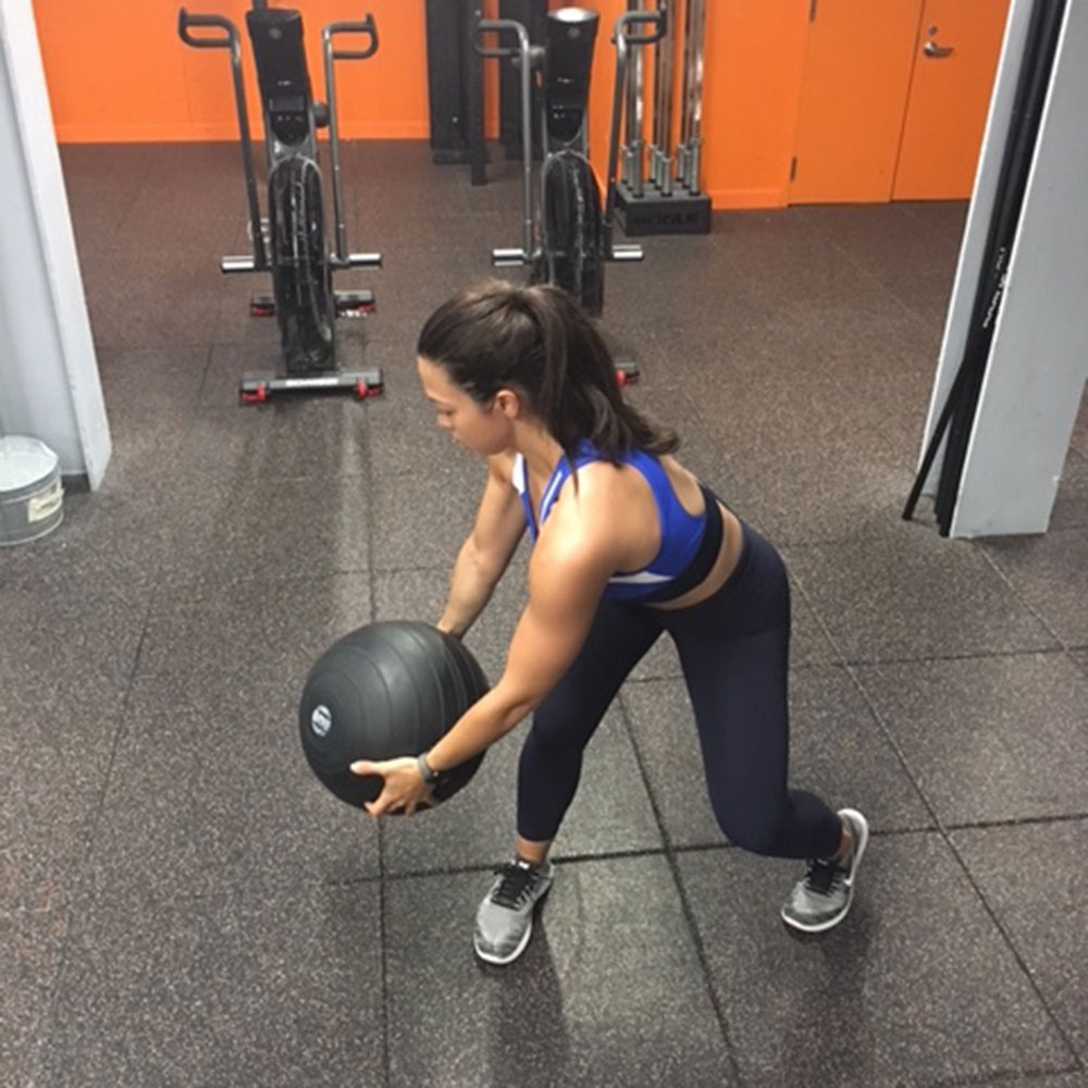 These Rotational Moves Will Sculpt Some Serious Obliques