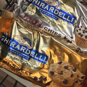 Ghirardelli Semi-Sweet Chocolate Chips Are No Longer Dairy-Free