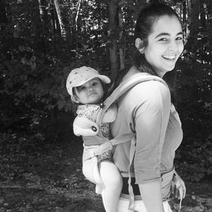 Walking Dead's Alanna Masterson Just Destroyed Haters Targeting Breastfeeding Moms
