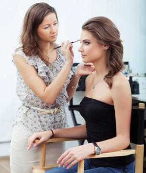 Get a Makeup Consultation with Our Beauty Editor