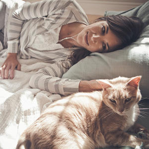 Does Being a Cat Lady Really Make You Crazy?