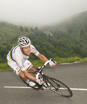 Dealing With the Descent: Tips For Riding Downhill