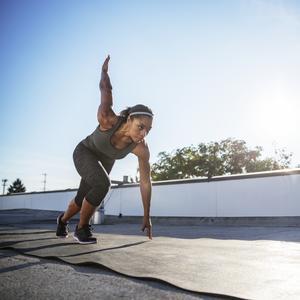 10 Fast Fitness Tracks Above 140 BPM