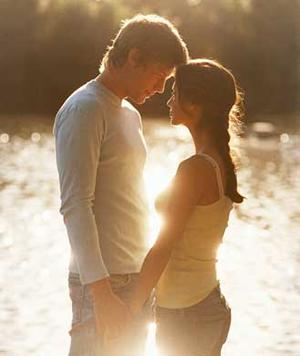 The Link Between Love and Attraction in the Brain