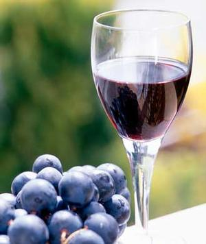 Red Wine May Help Stop Breast Cancer Growth