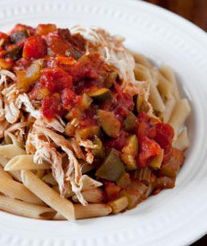 Low-Calorie Marinara Chicken and Veggies
