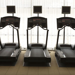 6 New Ways to Burn Calories on a Treadmill