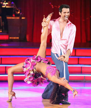 DWTS Recap: Is This 'DWTS' or 'SYTYCD'?