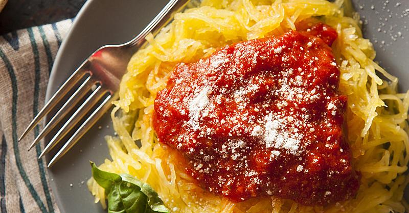 How to make spaghetti squash with pasta sauce