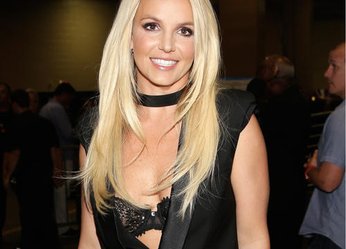 Britney Spears Shows Off Her Insanely Toned Abs In Her Latest Workout Post
