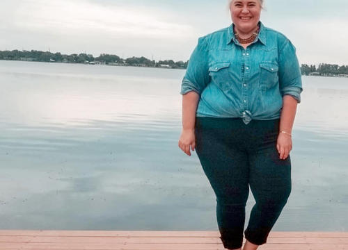 """Sarah Sapora Reflects On Being Labeled """"Most Cheerful"""" at Fat Camp When She Was 15"""