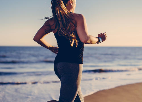 5 Essential Tips for Running on the Beach