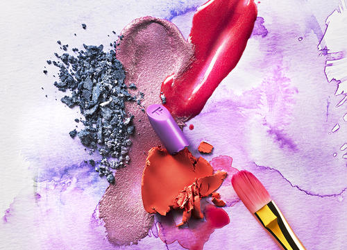Watercolor-Inspired Makeup Tips and Products That Are Perfect for Summer