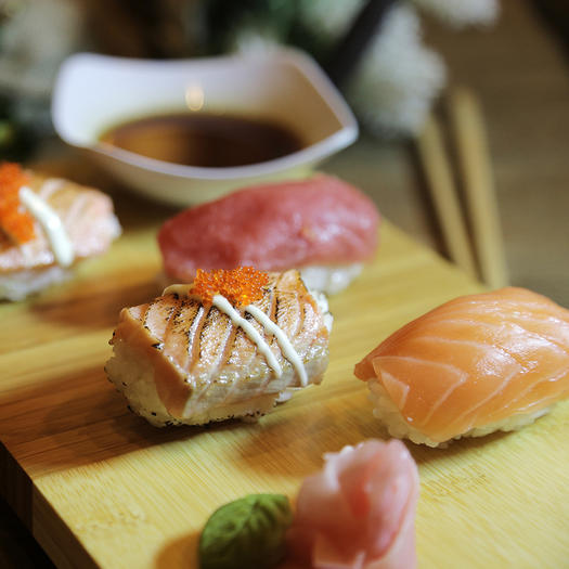 anti-aging food seafood and sushi
