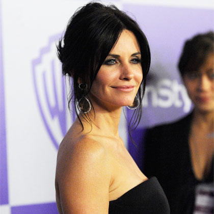 Share your brunette actresses over 30 thank