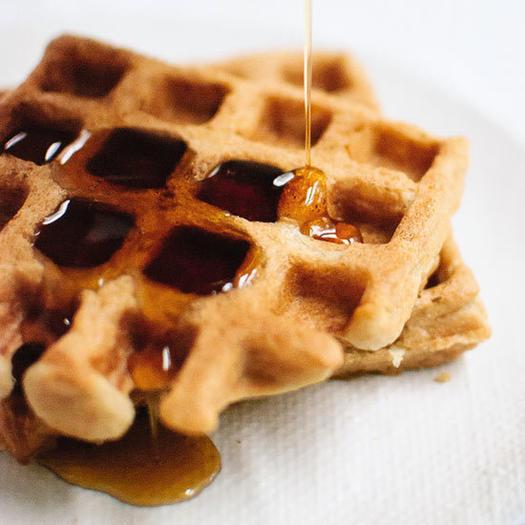 easy gluten-free oat healthy waffles